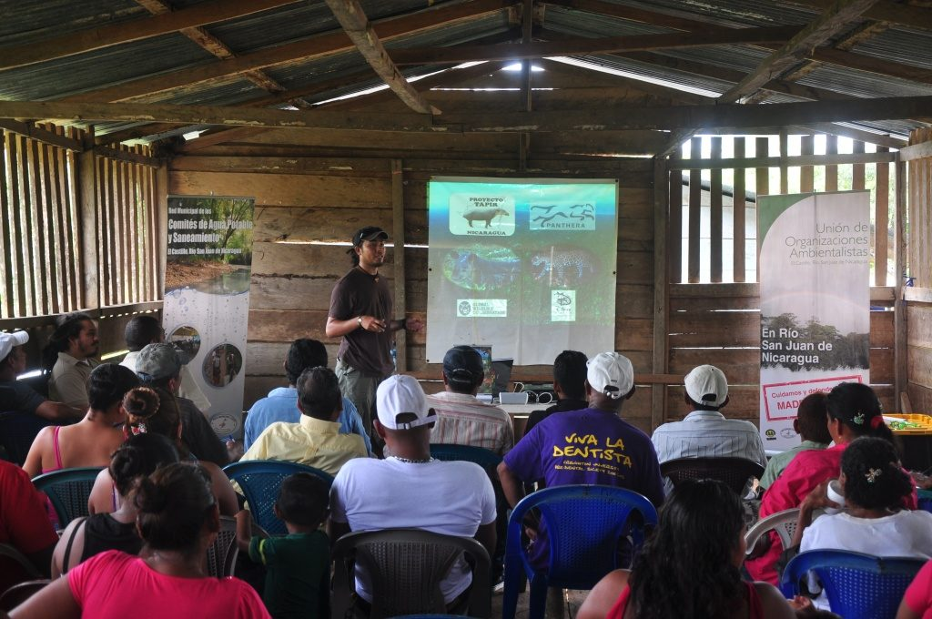 Associate Conservation Scientist Armando Dans gives a presentation on the state of conservation in Indio-Maíz and the importance of conservation to participants of our Festival for the Conservation of Indio-Maíz in Boca de Escalera, Nicaragua. (Photo by Chris Jordan)