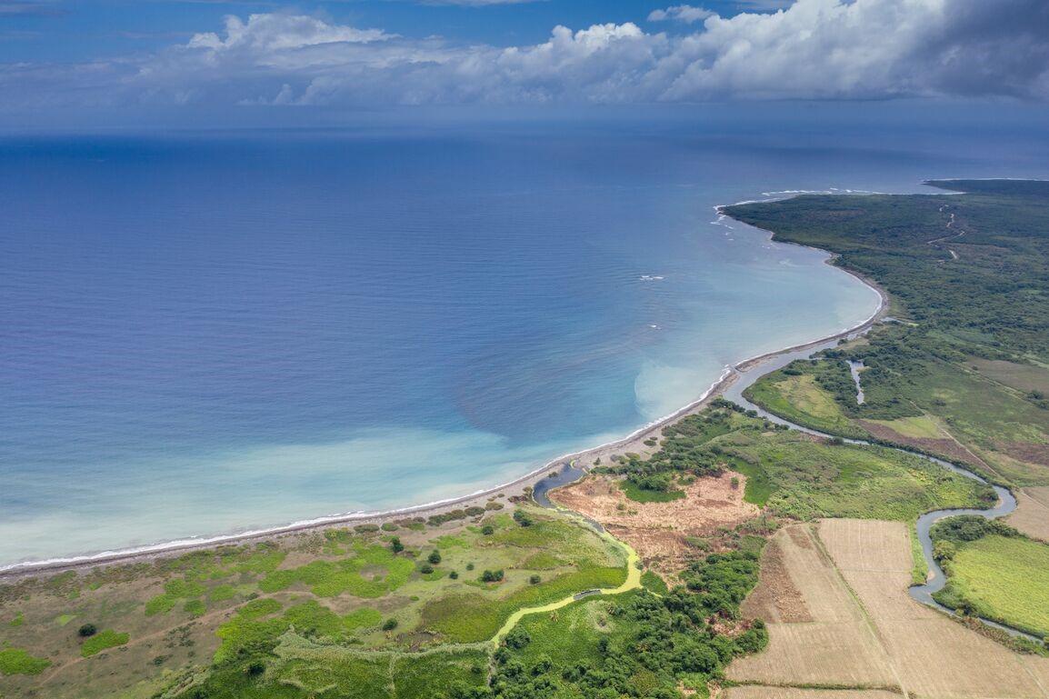 Aerial photo of Holland Bay, Jamaica